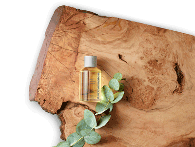 Body-Oil-on-Wood-with-Ingredient
